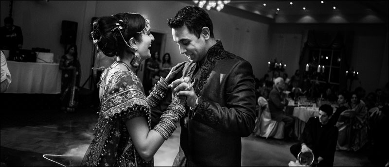 indian_wedding_in_black_and_white